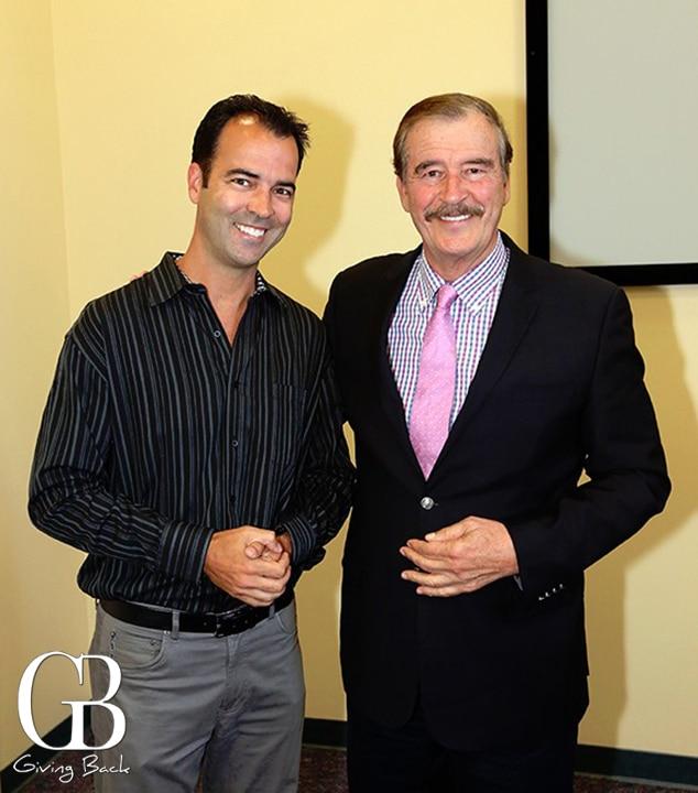 Esteban Villanueva with Presidente Vicente Fox