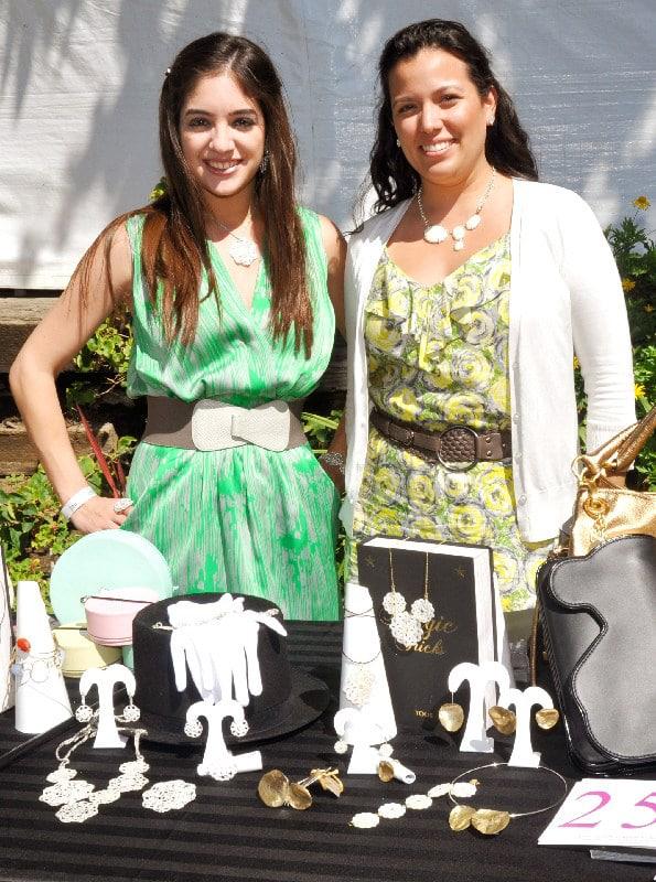 Fabiloa and Alejandra from TOUS.JPG