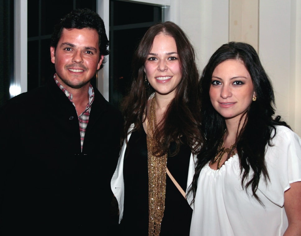 Fausto Galardo, Mariana Lopez y Alexandra Gallardo