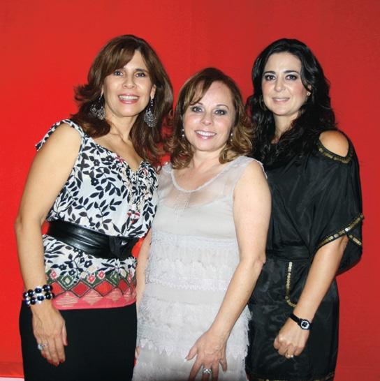 Gabriela Acosta, Cecilia Concha y Lizette Espinoza