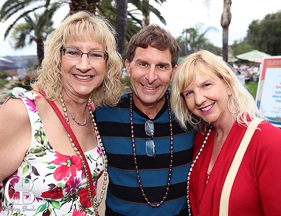 Gail Sullivan  Dick Robinson and Karen Robinson