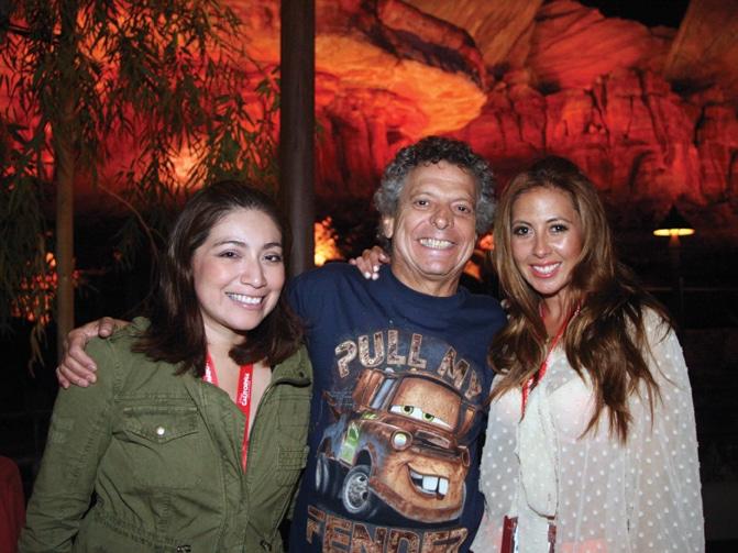 Geneva Gamez, Cesar Bono y Stephanie Himonidis.JPG