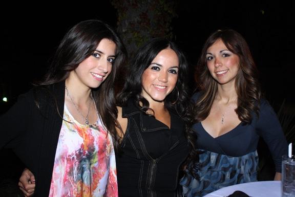 Gladys Larios, Marcia Lozano y Anna Zuniga