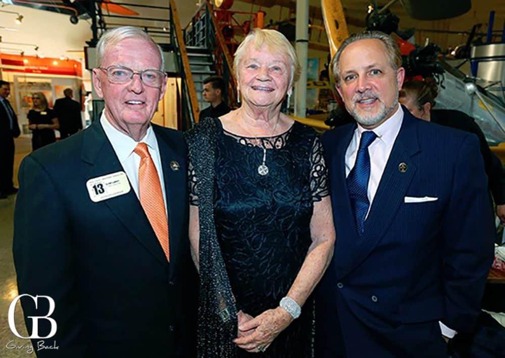 Glynn  Flight Director Gemini and Apollo  and Marilyn Lunney with Derek Casari