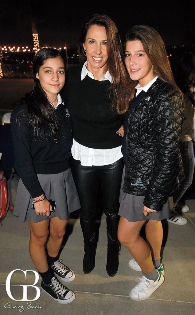Greta  Marcela and Camila Troncoso