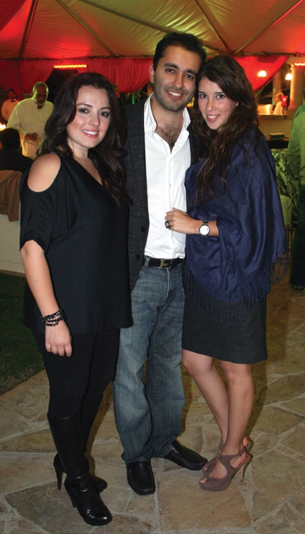 Gricel Bosdet, Arian Jaff y Denise Mendivil.JPG