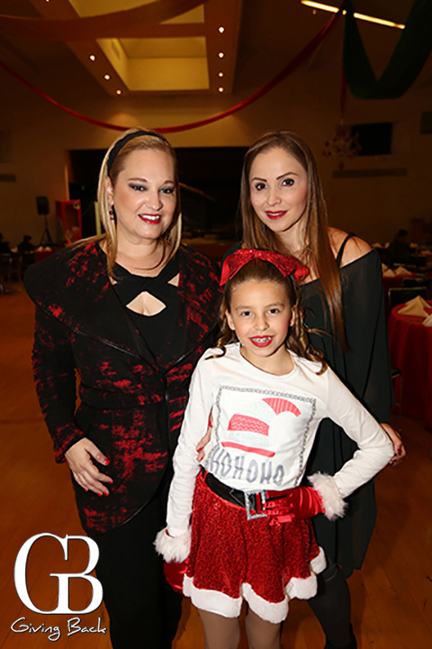 Gricelda Virgen y Angelica Cardenas con Alexa