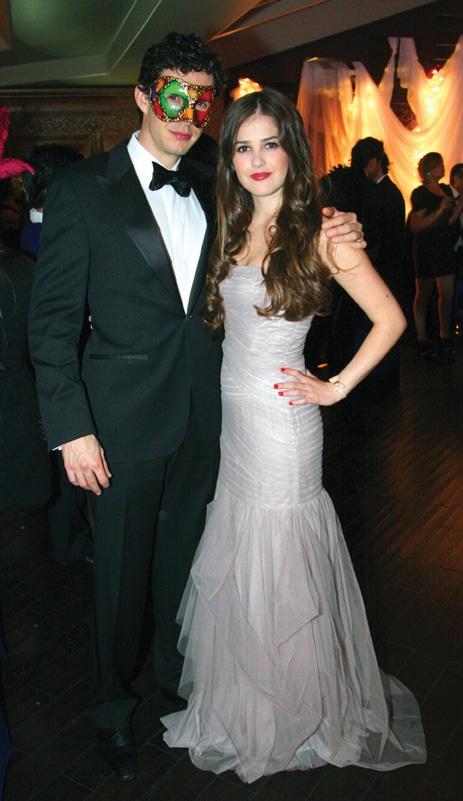 Hector Sosa y Paola Alberdi.JPG