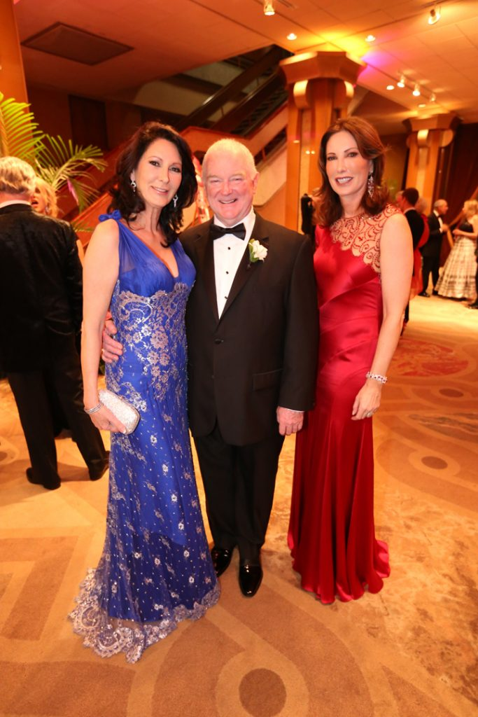 Helene Gould, Ian Campbell and Valerie Cooper.JPG