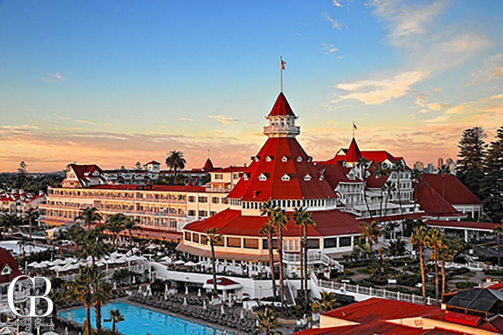 Hotel Del Golden Hour