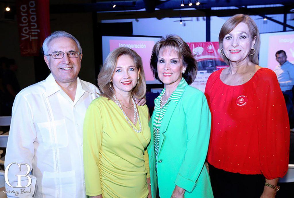Humberto y Alejandra Cuen con Lupita Camarena y Patty Ruiz