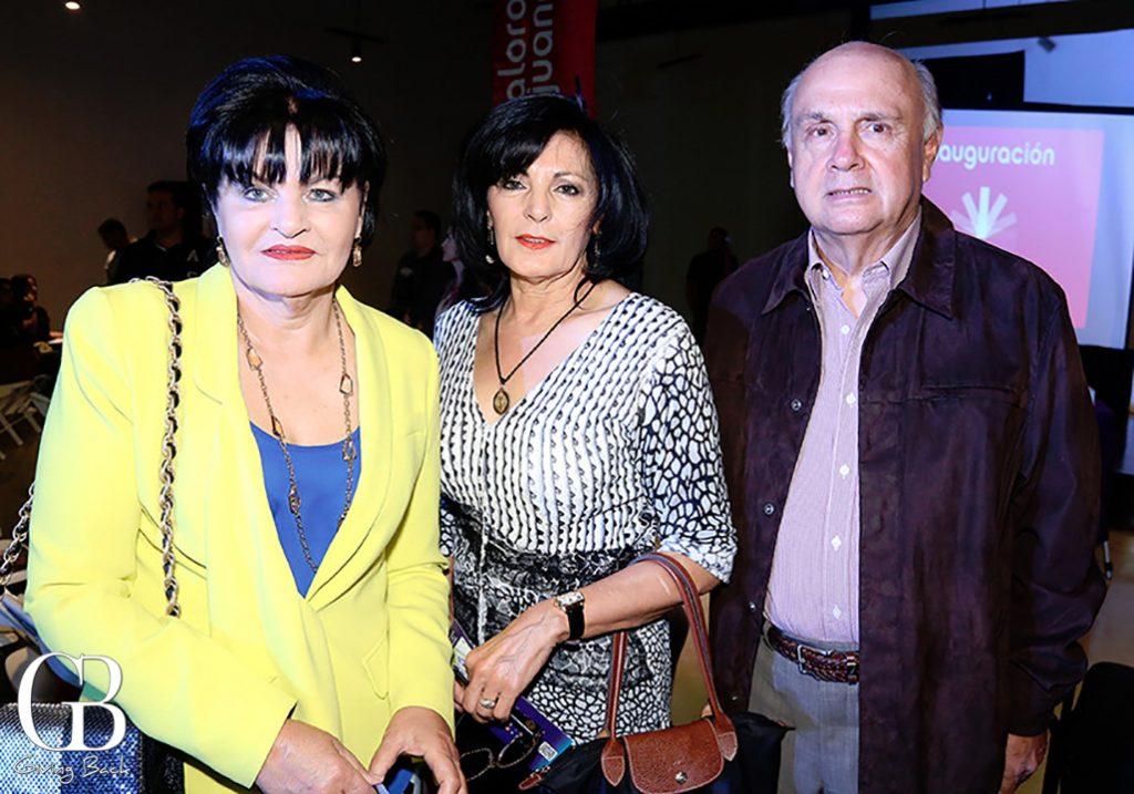 Irene Valle con Linda y Miguel Angel Garcia