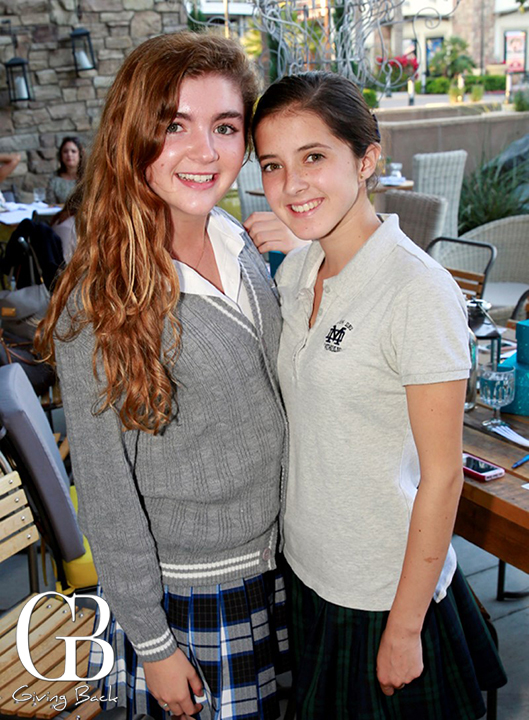 Ivana Jimenez y Paola Garcia