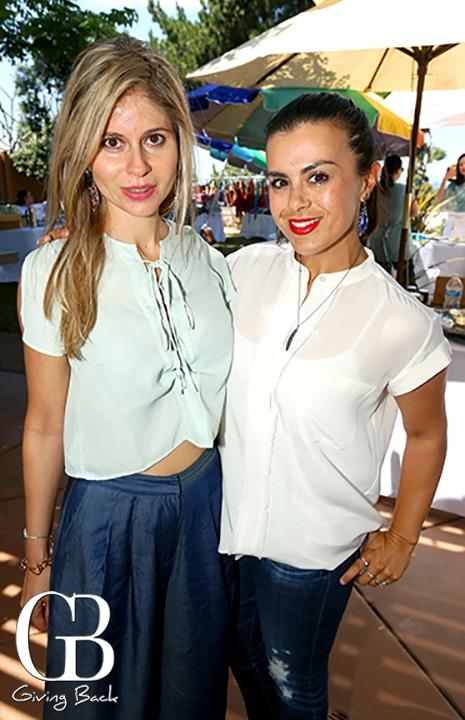 Jana Cota y Renata Renison