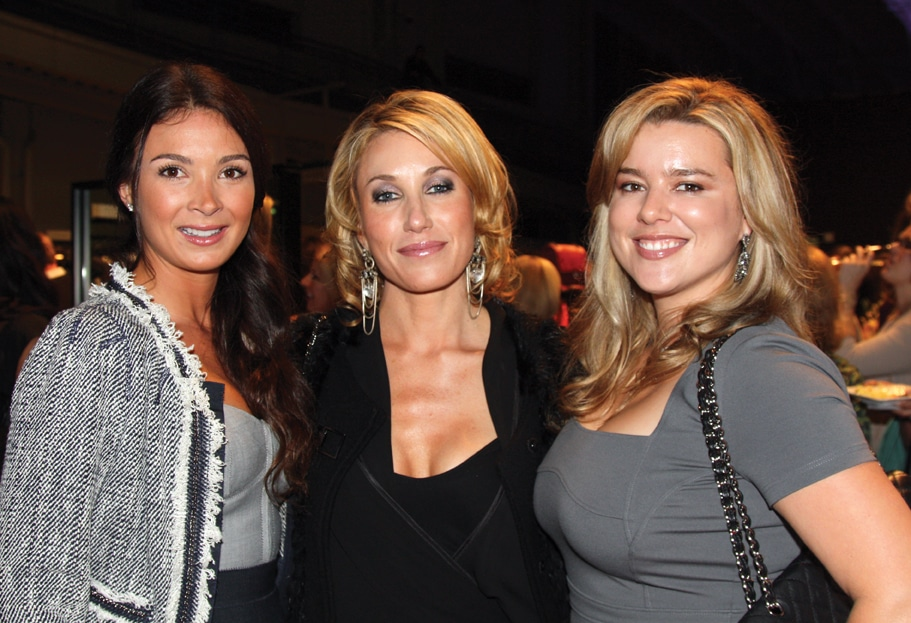 Janelle Panther, Amy Renda and Sandy Callan.JPG
