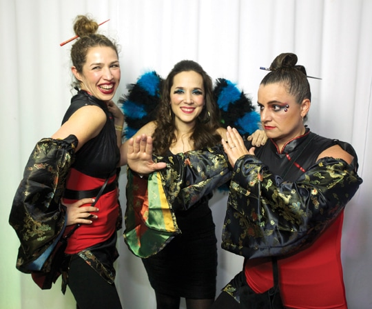 Jean Von Borstel, Moni Ferrer y Analina Hodoyan