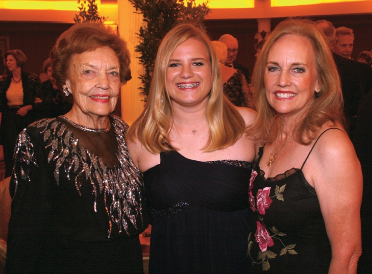 Jeanne Frost, Anne Ahlering and Dulie Ahlering.JPG