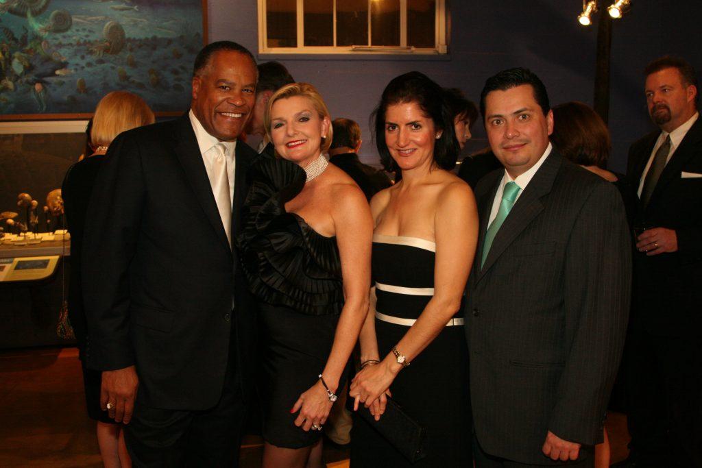Jessie Knight, Joye Blount, Alejandra Mier y Teran and Simon Somohano.JPG