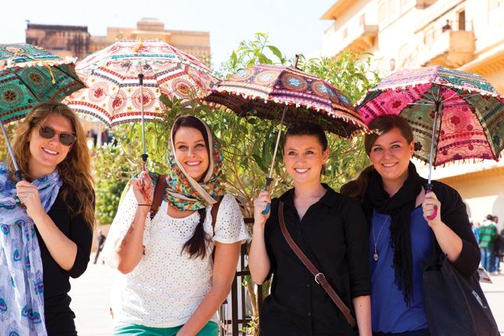 Jo Hannah Hoehn, Lauren Zable, Susanah Hoehn and Elise Zable at Amber Palace