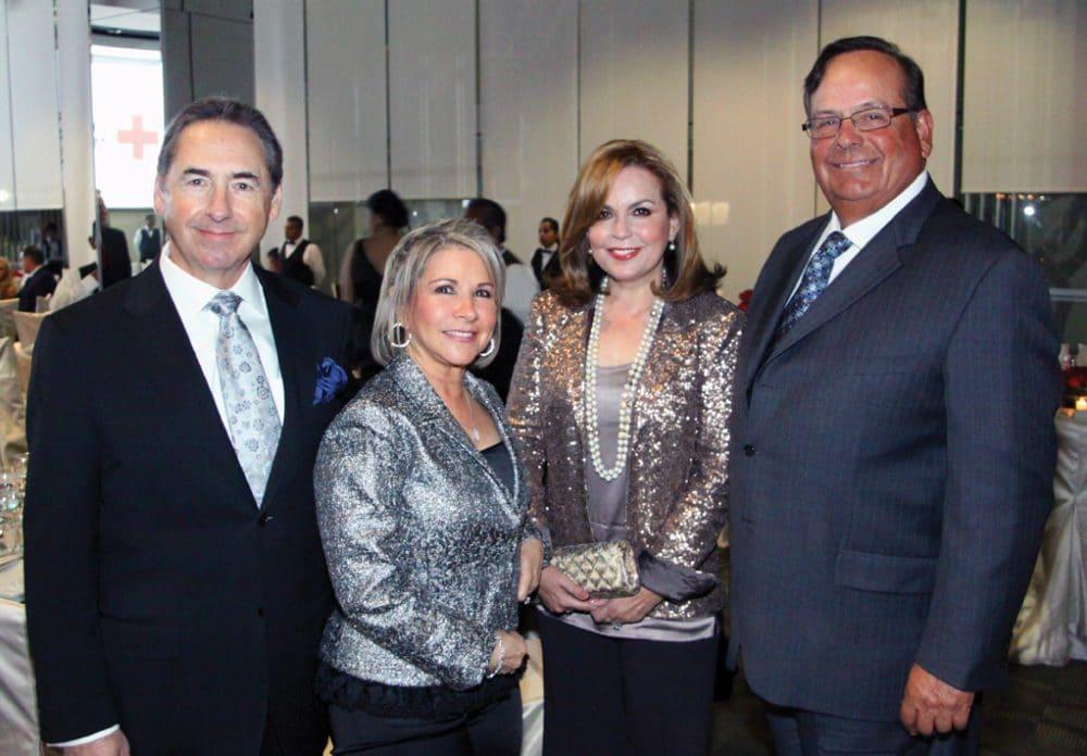 Jorge y Diana Kuri con Norma y Rafael Carrillo.JPG