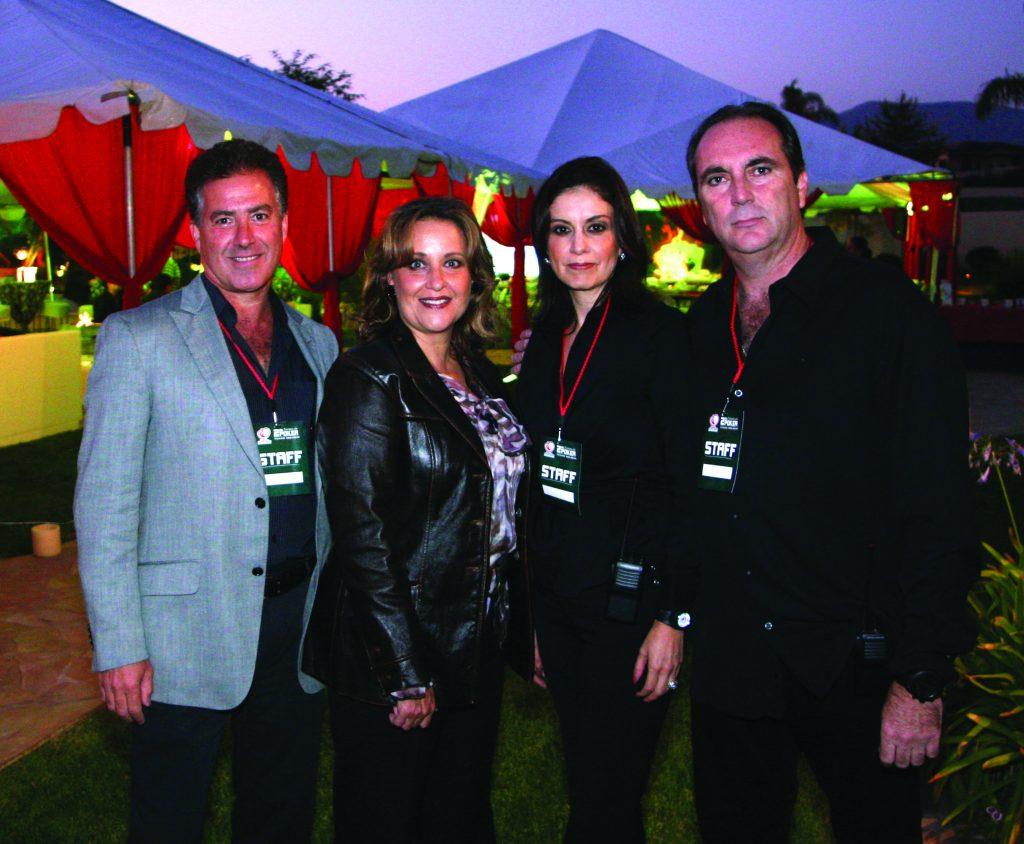 Jose y Susana Honold con Julia y Roberto Encinas.JPG