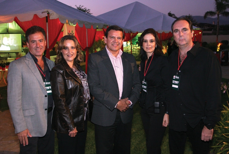 Jose y Susana Honold con Pedro Cruz y Julia y Roberto Encinas.JPG