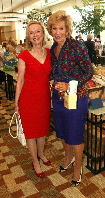 Joyce Nash and Liz Helming.JPG