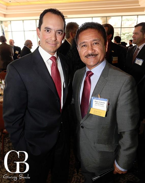 Juan Carlos Briseno and Mayor Gilberto Hirata Chico