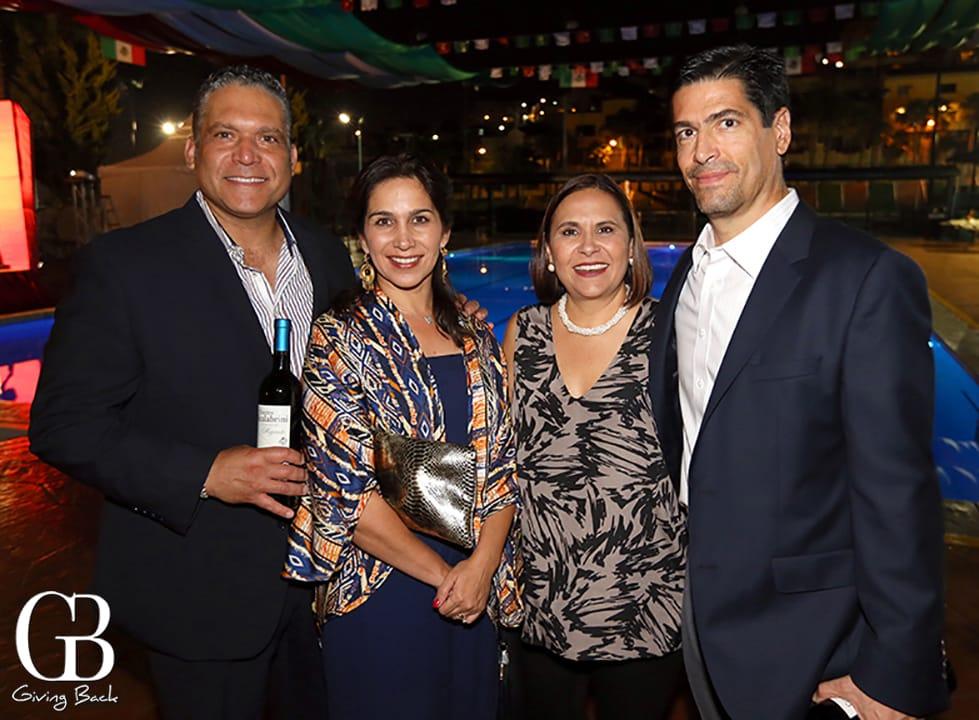 Juan Jose y Gloria Tomas con Maricarmen y Francisco Velasco
