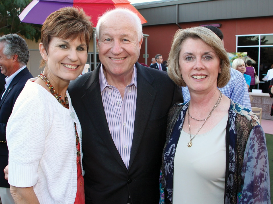 Judith and Glenn Thomas with Jennifer Roberts.JPG