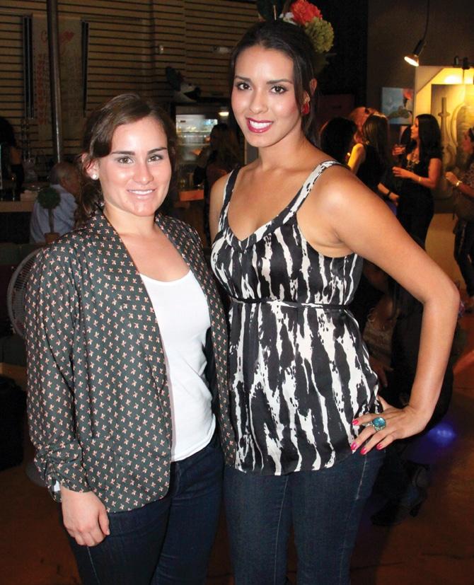 Karina Huerta y Andrea Figueroa.JPG