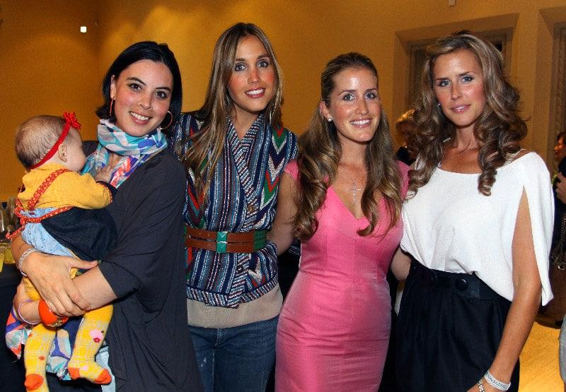 Karla Duarte, Katkia Verushka, Ana Bernal y Bibi Bernal.JPG