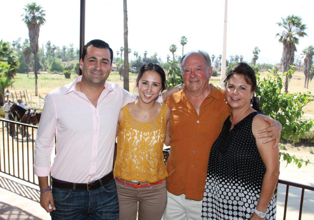 La Familia Valdez +.JPG
