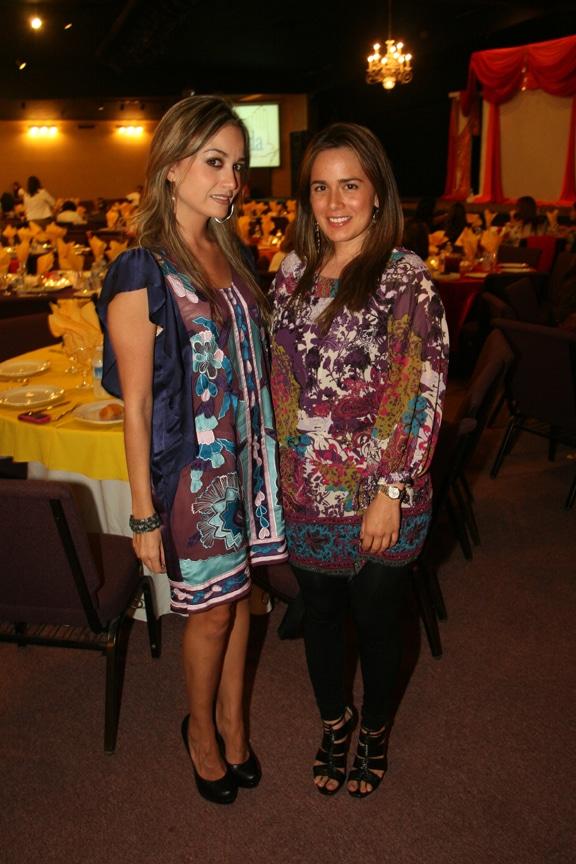 Larisa Madrid y Viviana Perez.JPG