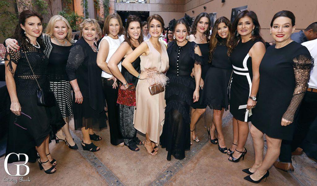 Las Hijas de las Damas Catolicas