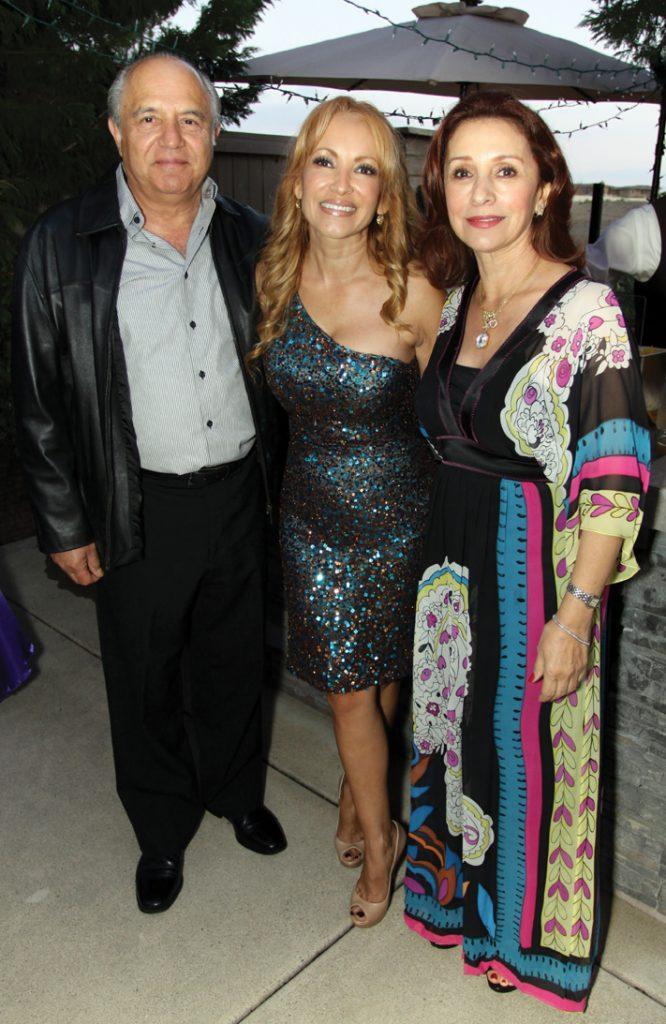 Leopoldo Cota, Myriam Schuster and Susana Cota.JPG