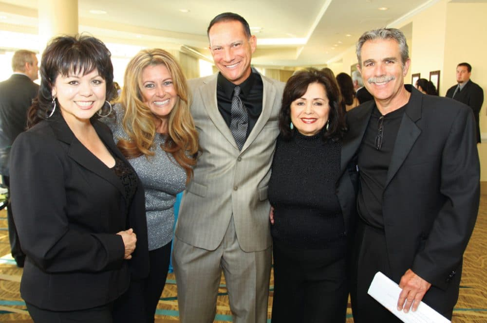 Lidia S. Martinez with Lorna and Tom Size and Anna and Victor Allee +.JPG