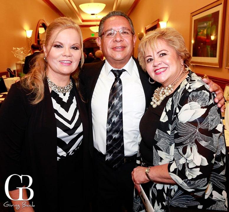 Lilia Larin with Jose and Norma Gomez