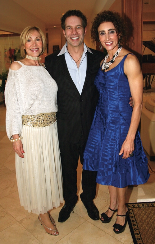 Linda Swortwood with David and Myriam Smotrich.JPG