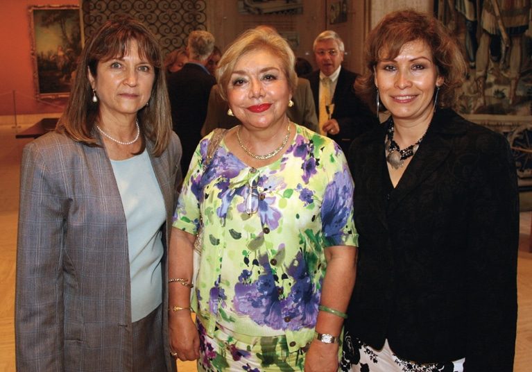 Lisette Atala, Elsa Arnaiz and Consul Remedio Gomez Arnau.JPG