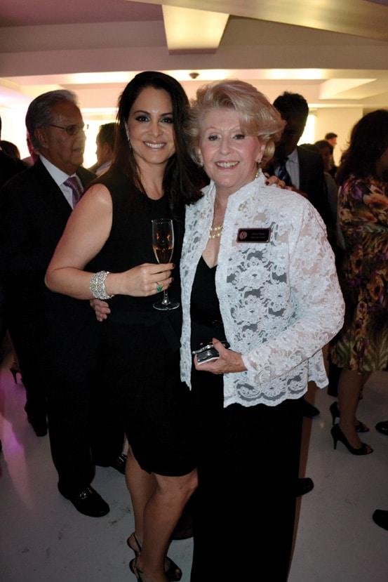 Lisette Macias y Joyce Palau.JPG