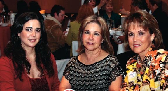Lizette Espinoza, Diana Kuri y Lupita Camarena.JPG