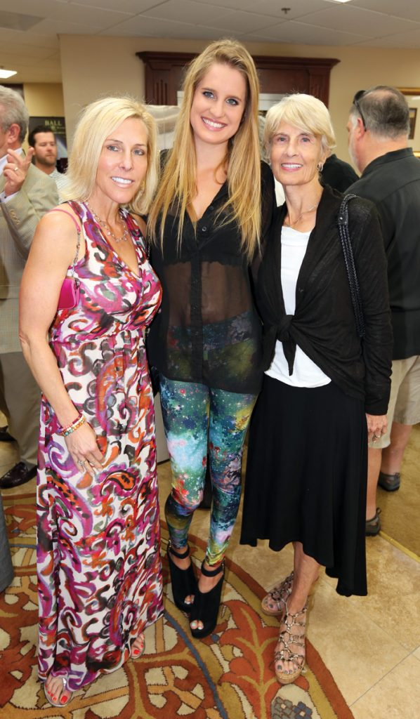 Lori Allen, Morganne Graves and Lynne Allen.JPG