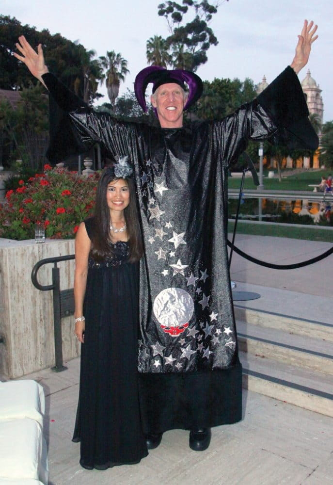 Lori and Bill Walton.JPG
