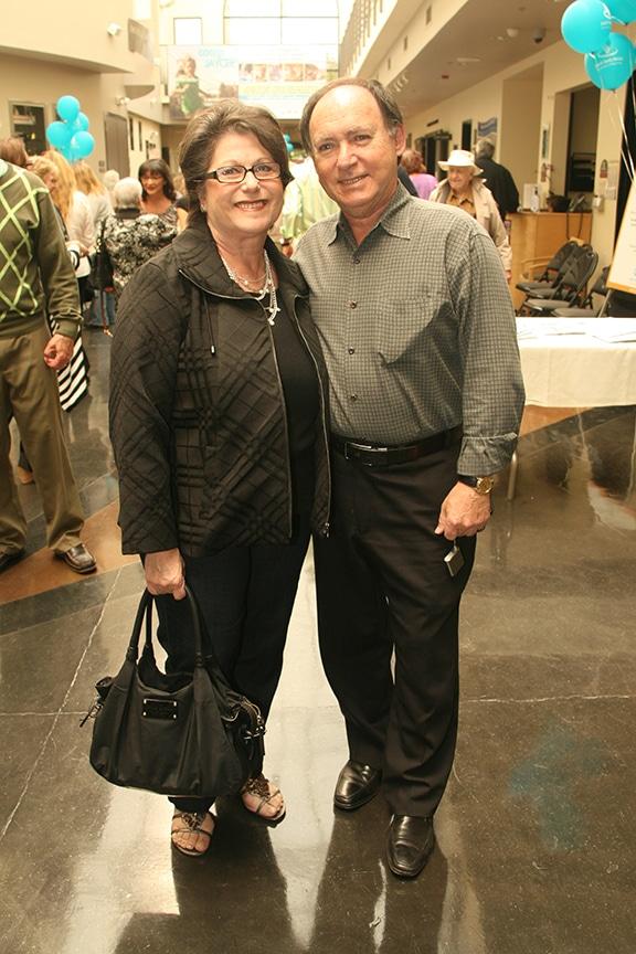 Lorna and Ronnie Diamond.JPG