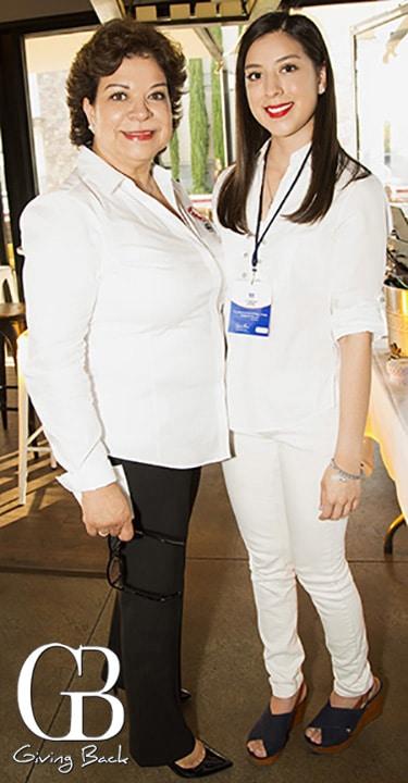 Lourdes Chavez y Mariana Gonzalez