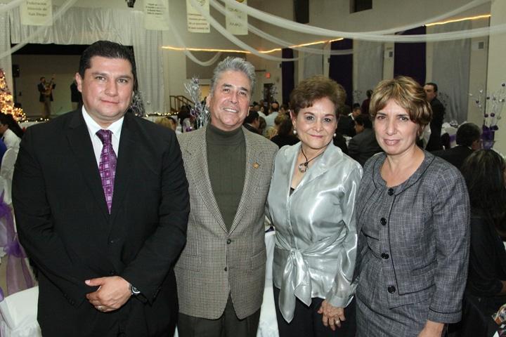 Luis Espinosa, Salvador y Lupita Leyva, Cecilia Huante.JPG