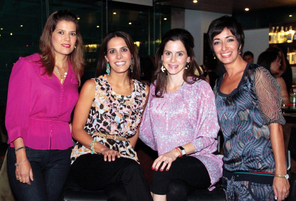 Luisa Cruz Camou, Ella Barreto, Karin Santillan y Mara Valladolid