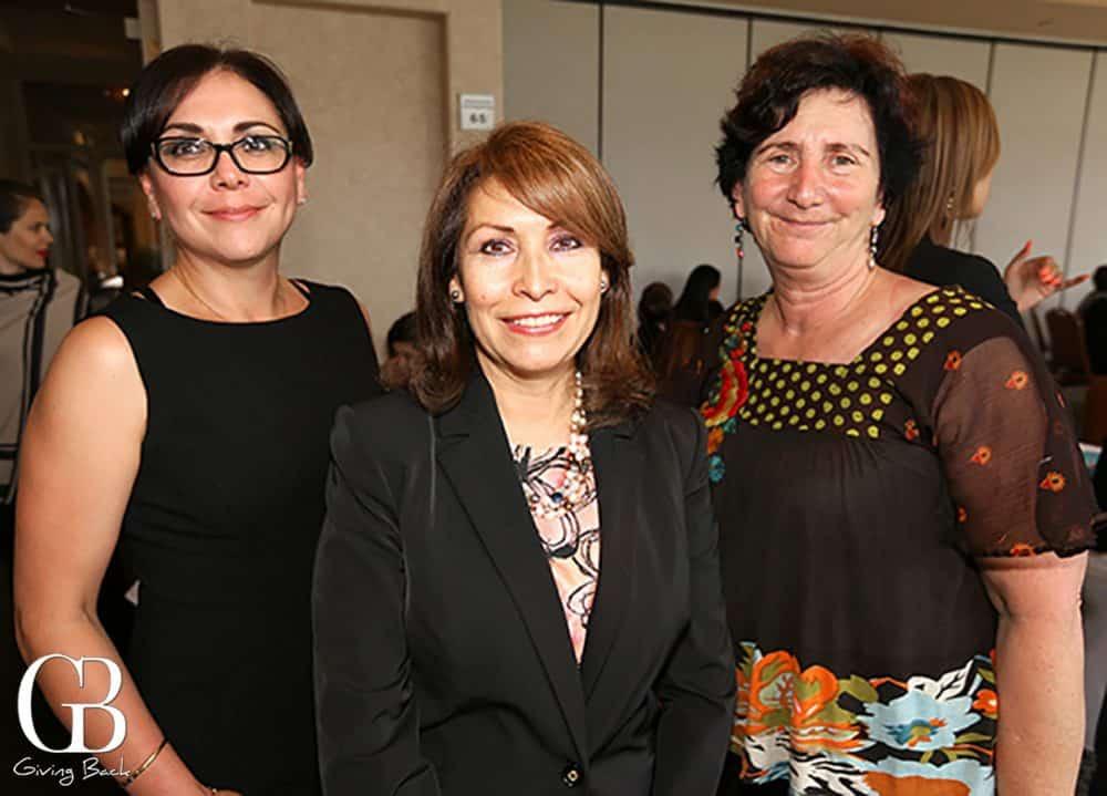 Lupe Leyva  Consul Remedios Gomez Arnau y Wendy McGuire