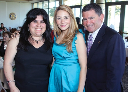 Lynda Wood, Ivette Casillas and William Sandke.JPG